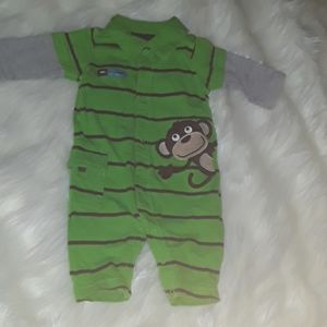 💥 SALE 3/15 💥 Carter's Outfit 3 months